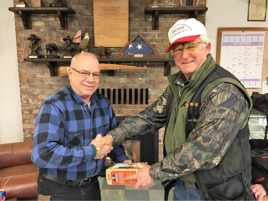 Gary Moody receives trophy from Chuck - Old Skagit