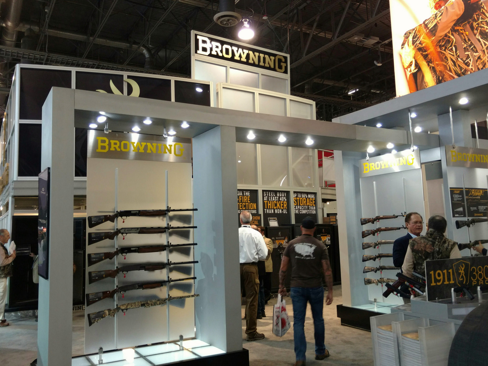 SHOT Show 2017 - Browning a 2017 Grand Pacific sponsor