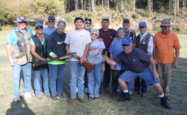 Devon Lopez receives gun from Del Norte members