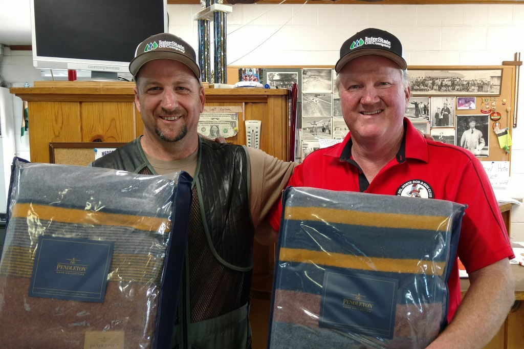 Glen Jager and Mac Robertson-200 straight