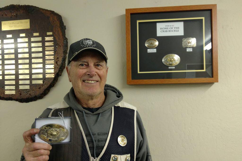 Tom Olsen buckle winner